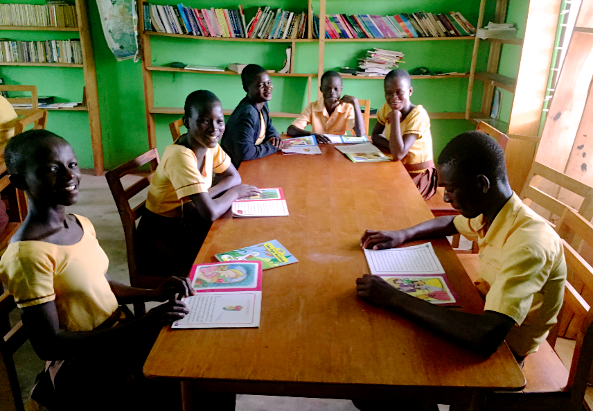 Students in Akrofonso Library